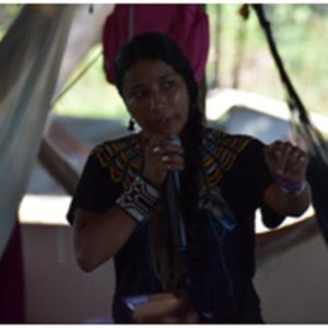 Lilia Karipuna, jovem indígena do Oiapoque