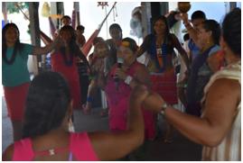 Cacica Creuza ensina a Dança da Formiga