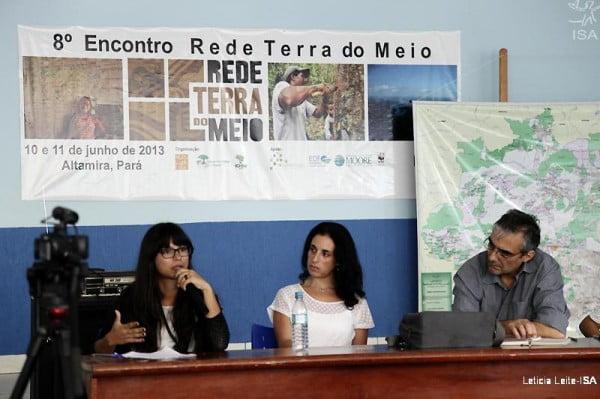 Maitê Guedes (ICMBio), Márcia Nogueira Franceschini (Mosaico do Oeste do Amapá e Norte do Pará) e Francisco Pontes Miranda (Mosaico Mata Atlântica Fluminense) durante debate sobre as propostas do Mosaico da Terra do Meio